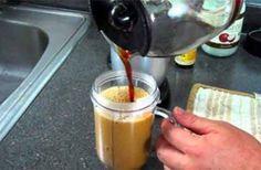 Voeg slechts 1 theelepel van DIT mengsel toe aan je ochtend Koffie om gewicht te verliezen en calorieën te verbranden!