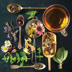 Tea Time: 10 Herbal Teas for Health Health and Wellness Mother Earth Living Herbal Tea herbal tea blends Herbal Remedies, Natural Remedies, Sunburn Remedies, Anxiety Remedies, Health Remedies, Flower Tea, Tea Blends, How To Make Tea, Medicinal Herbs