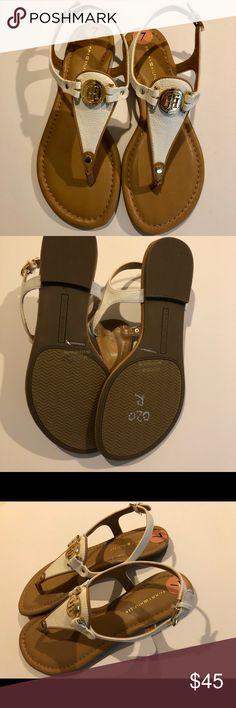 2aa57218c3ff Tommy Hilfiger NWOT Tommy Hilfiger sandal in brown matte white with gold  metal Color