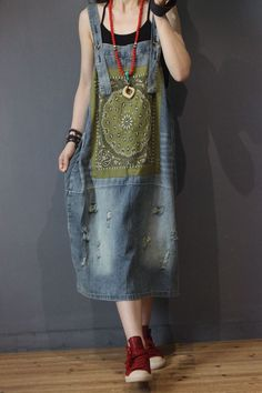 Discover recipes, home ideas, style inspiration and other ideas to try. Modern Fashion Outfits, Folk Fashion, Denim Fashion, California Style Outfits, Country Style Outfits, Hippie Style Clothing, Gypsy Clothing, Steampunk Clothing, Style Clothes