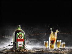 Red Bull Mini Kühlschrank Jägermeister : Die inspirierendsten ideen zu u ejägermeisteru c in bottle