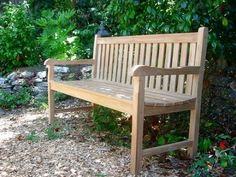 awesome 31 Teak Garden Benches Ideas for Wonderful Outdoor Space Garden Bench Plans, Teak Garden Bench, Metal Garden Benches, Garden Sofa, Outdoor Wood Furniture, Teak Furniture, Garden Furniture, Outdoor Decor, Furniture Stores