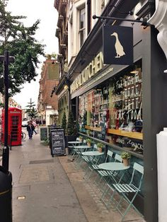 Natural Kitchen is a cafe, restaurant and deli.  The restaurant and deli counters sell seasonal food with fresh, organic produce, sourced from local farmers whenever possible. Located on Marylebone High Street, London.