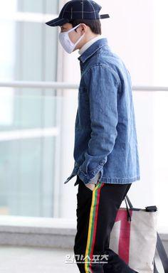 180222 #Suho #Exo at Incheon Airport , S. Korea heading to Kansai Internation Airport , Japan .