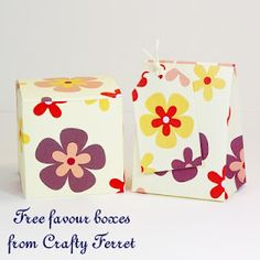 Retro style flower patterned square favour box and mini gift bag with matching tag.
