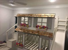 Abbiamo avuto una risposta overwelming al nostro di un letti a soppalco personalizzato gentile e casette e si può avere il proprio fatto da Dangerfield Woodcraft troppo! Il letto nella foto sopra è la Ultimate full-size letto a castello con Full-Trudle, che comprende lo scivolo