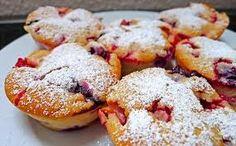 Stuffed Muffins! Doughnut, Cupcakes, Breakfast, Desserts, Food, Strawberries, Chef Recipes, Morning Coffee, Tailgate Desserts