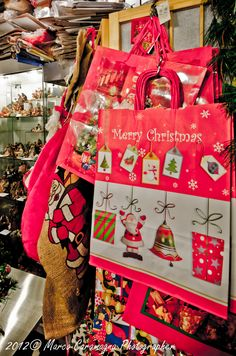 La bottega del Natale a Torino addobbi e decori