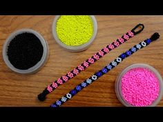 This shows an alternate version of the Huichol netting. Use Preciosa Ornela Rocaille beads in size and I'm using WildFire bead thread. Seed Bead Flowers, Beaded Flowers, Beaded Anklets, Beaded Jewelry, Jewellery, Diy Necklace, Necklace Designs, Beading Tutorials, Beading Patterns