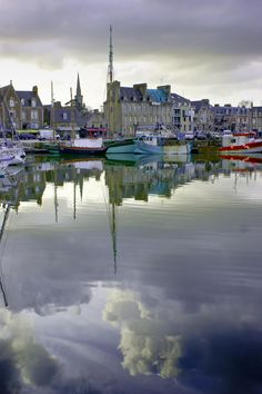 Port de paimpol  le carré breton Paris Country, Photo Bretagne, Region Bretagne, Brittany France, Future Travel, France Travel, Paris France, Places To See, Travel Photos