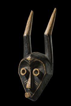 """Hörnermaske """"giphogo"""" D. R. Kongo, Pende"""