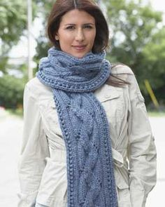 Zig-Zag ribbing creates the illusion of cables in this cozy scarf knit in Bernat Roving.