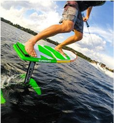 With the SLINGSHOT Wakefoiler, you will learn the necessary skills to fly smoothly over the water like an eagle soaring through the sky. Yacht Builders, Sup Surf, Boat Accessories, Water Toys, Water Photography, Slingshot, Big Challenge, Wakeboarding, Surfing
