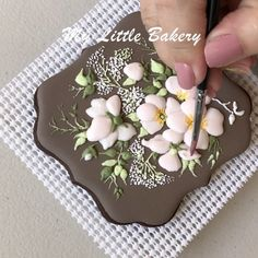 """3,330 Likes, 73 Comments - Nadia •My Little Bakery• (@my_little_bakery2016) on Instagram: """"Full video on my YouTube (link in bio) . #video #videotutorial #mylittlebakery #cookies #cookiart…"""""""