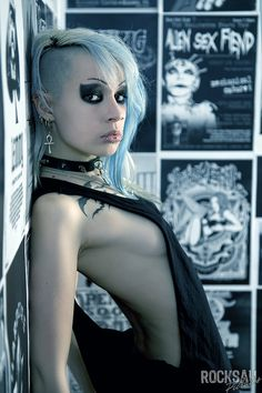 GOTH GIRL - Blonde, Bad And Beautiful I by *TrizTaess on deviantART