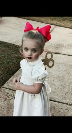 Wind up doll Halloween costume! Wind up doll Halloween costume! The post Wind up doll Halloween costume! appeared first on Halloween Costumes. Halloween Makeup For Kids, Diy Halloween Costumes For Kids, Halloween 2019, Holidays Halloween, Halloween Decorations, Halloween Halloween, Cool Costumes For Kids, Easy Homemade Halloween Costumes, Diy Baby Costumes