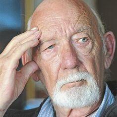 Chris Barnard word 75! 15/07/2014 Afrikaans, Writers, Van, Celebs, History, Words, Celebrities, Historia, Authors