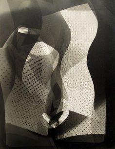 László Moholy-Nagy - Photogram,1946