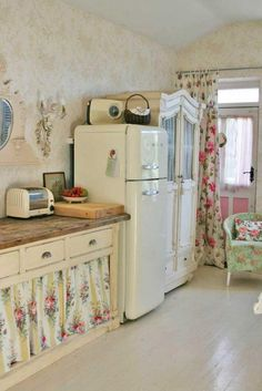 Shabby Chic Country Style - love the floral curtains. For If I ever have an older house!