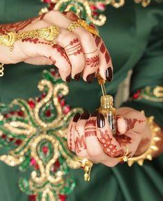 Fantastic Wedding Advice You Will Want To Share Wedding Outfits For Groom, Wedding Dresses For Girls, Girls Dp Stylish, Stylish Girl Images, Henna Tattoo Designs, Mehndi Designs, Dubai Fashionista, Wedding Couple Poses Photography, Bridal Photography