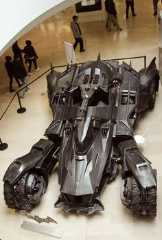 DC Comic's Batman Batmobile - Zac Snyder's Batman V Superman: Dawn of Justice