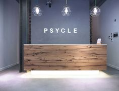 with Feeling? Try Psycle- Grazia Beauty's Favourite New Workout Fitness with Feeling? Try Psycle- Grazia Beauty's Favourite New WorkoutFitness with Feeling? Try Psycle- Grazia Beauty's Favourite New Workout Modern Reception Desk, Office Reception Area, Reception Desk Design, Lobby Reception, Reception Counter, Reception Areas, Lobby Design, Design Entrée, Dental Office Design
