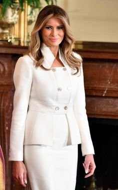 Anna Wintour does not rule out featuring Melania Trump