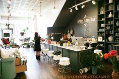 Flower studio | High Contrast, Organic