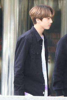오늘 패션 되게 귀엽지않아? ㅋㅋㅋㅋ Park Ji-sung, Grupo Nct, Andy Park, Cute Boy Things, Nct Chenle, Park Jisung Nct, Jung Woo, Emo Boys, Ji Sung