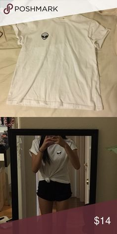 12 🅿️🅿️ White alien short sleeve top White alien short sleeve handmade. Brandy Melville dupe. THIS IS NOT REAL BRANDY IT JUST LOOKS LIKE IT Brandy Melville Tops Tees - Short Sleeve