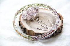 Resine Earrings and Bracelet Preserved Flowers by kskalozubova #resin #bracelet #earrings #flower #preserved #terrarium #heather
