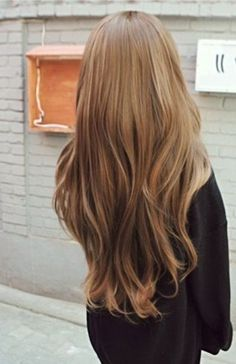 long brown loose waves