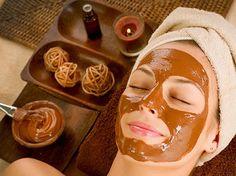 ΑΝΤΙΓΥΡΑΝΤΙΚΗ ΘΕΡΑΠΕΙΑ ΜΕ ΓΑΛΑ ΚΑΙ ΚΑΚΑΟ !! ΘΕΑΜΑΤΙΚΑ ΑΠΟΤΕΛΕΣΜΑΤΑ !! Chocolate Facial, Chocolate Face Mask, Chocolate Syrup, Best Homemade Face Mask, Diy Face Mask, Skin Detox, Les Rides, Before Wedding, Homemade Facials