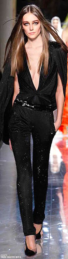 Spring 2014 Atelier Versace http://www.style.com/fashionshows/review/S2014CTR-AVERSACE/