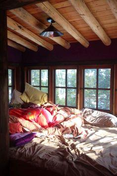 Cabin house home, cozy nook, house. Cozy Nook, Cozy Cabin, Cozy House, Bed Nook, Dream Rooms, Dream Bedroom, Cozy Bedroom, Bedroom Decor, Bedroom Ideas