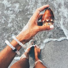 Bombshell spottings at the beach rocking lokai!