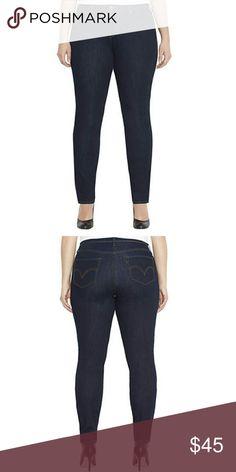 🎄SALE Plus Size Skinny Jeans •NWT •Levi's •Dark wash •Tummy control •Size 16 •Skinny jeans Jeans Skinny