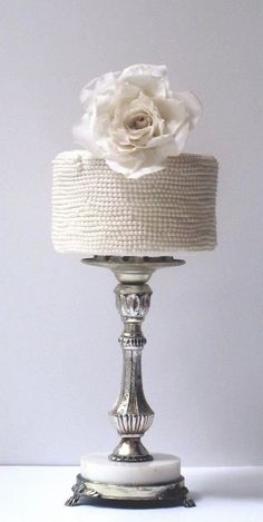 maggie austin wedding cakes White Weddings. Just white at Weddings. White wedding ideas and inspirations. Wedding Directory-UK {WDUK}