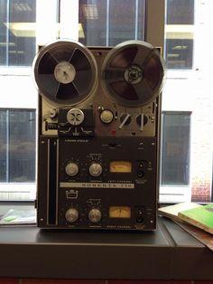 Audio - www.remix-numerisation.fr - Rendez vos souvenirs durables ! - Sauvegarde - Transfert - Copie - Digitalisation - Restauration de bande magnétique Audio Dématérialisation audio - MiniDisc - Cassette Audio et Cassette VHS - VHSC - SVHSC - Video8 - Hi8 - Digital8 - MiniDv - Laserdisc - Bobine fil d'acier - Micro-cassette - Digitalisation audio - Elcaset - Cassette DAT Audio