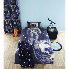 Catherine Lansfield Astronaut Fitted Sheet - Multi: Image 1