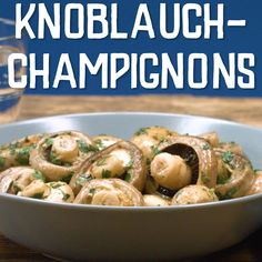 Knoblauch Champignons in 2019 Healthy Brussel Sprout Recipes, Vegetarian Recipes Easy, Healthy Salad Recipes, Healthy Snacks, Garlic Mushrooms, Stuffed Mushrooms, Salud Natural, Mushroom Recipes, Quick Easy Meals