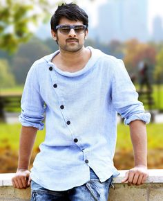 #GoBlueWithPaytm  @paytm_official @paytm My #Favorite #Hero #Prabhas in Blue T-Shirt :)