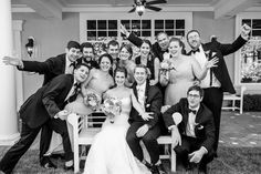 ...one more of those awesome wedding party photos!
