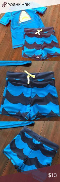 🦈🌞Baby swim set🌞🦈 Baby boy rash guard with swimming trunks. Looks brand new. Wore on a vacation 🏝 Cat & Jack Swim