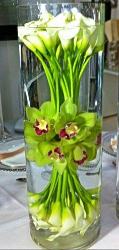 Cartuchos y orquideas, hermoso  arreglo