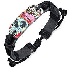 Bracelet cuir Zense fashion ajustable et multicolore pour homme représentant une tête de mort de zombie. La lanière du bracelet est de couleur noire. Matière : cuir. Longueur : 17 cm à 23 cm (ajustable). Largeur : 1.2 cm. Poids : 7.30 g. Référence : ZB0178.