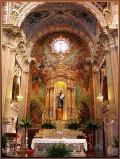 Interior, main altar, Templo de San Antonio de Padua, Aguascalientes