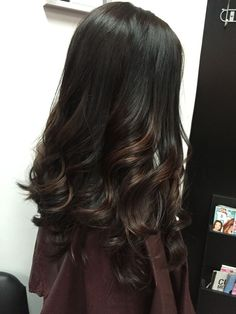Balayage by couleur acajou, teinture, coiffu Balayage Straight Hair, Brown Hair Balayage, Hair Highlights, Black Highlights, Bayalage, Ombre Hair Color, Hair Color For Black Hair, Dark Hair, Natural Hair Styles