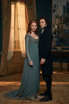 Demelza and Ross Poldark (Eleanor Tomlinson and Aiden Turner) Poldark Season 4, Poldark 2015, Demelza Poldark, Poldark Series, Ross Poldark, Acteurs Poldark, Ross And Demelza, Aidan Turner Poldark, Aiden Turner