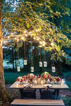 Outdoor Table Setting Tips: Products to Help Create a Gorgeous Outdoor Tablescape - Modern Design